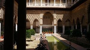http://www.carhirex.com/sites/carhirex.com/files/content/Alcazar_Palace_Sevilla.jpg